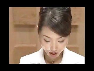 yaponskie-televedushie-glotayut-spermu-v-efire