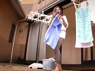 Sexy japanese mom didn't notice her minidress was too short: enjoy upskirt